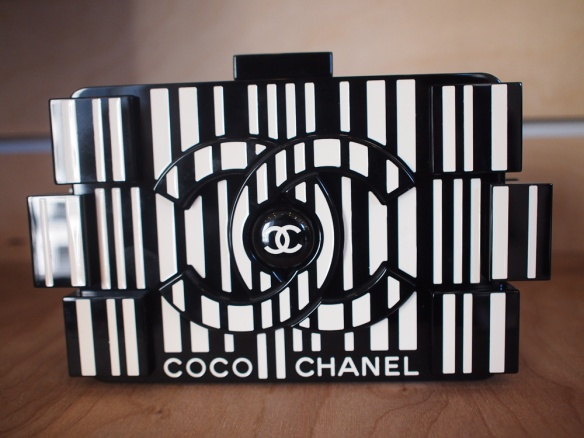 Chanel-Fall-2014-Bags-26