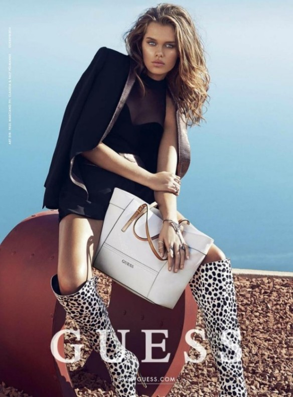 Guess-Handbags-Holidays-2014-Campaign-3-618x838