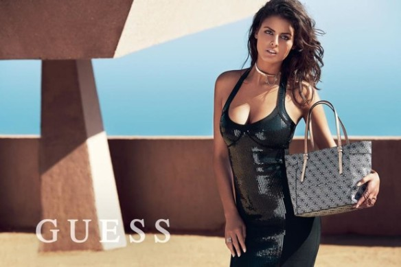 Guess-Handbags-Holidays-2014-Campaign-8-618x412